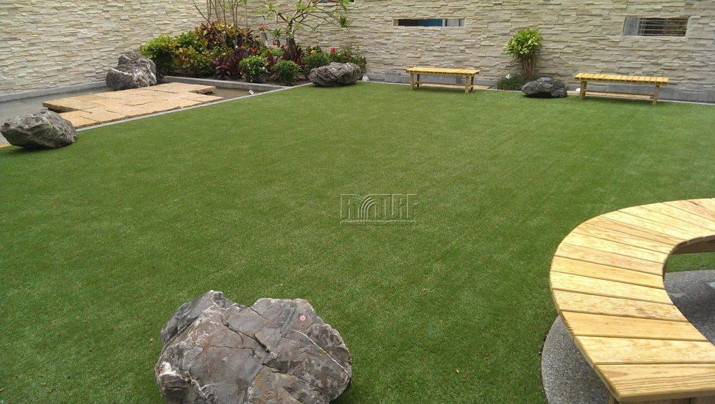 台北市重慶南路人工草庭園景觀