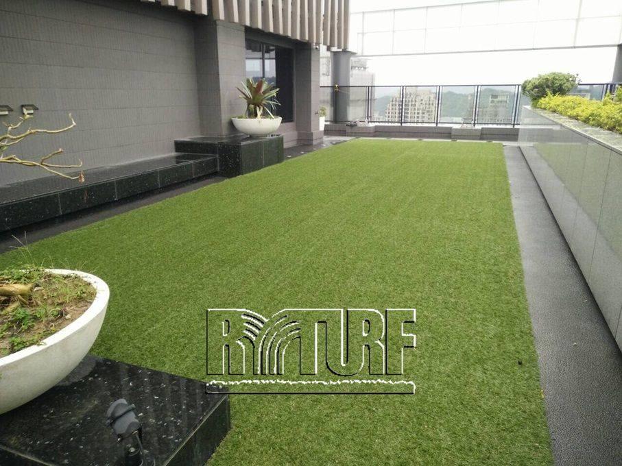 竹北市國泰建設TWIN PARK人工草頂樓景觀