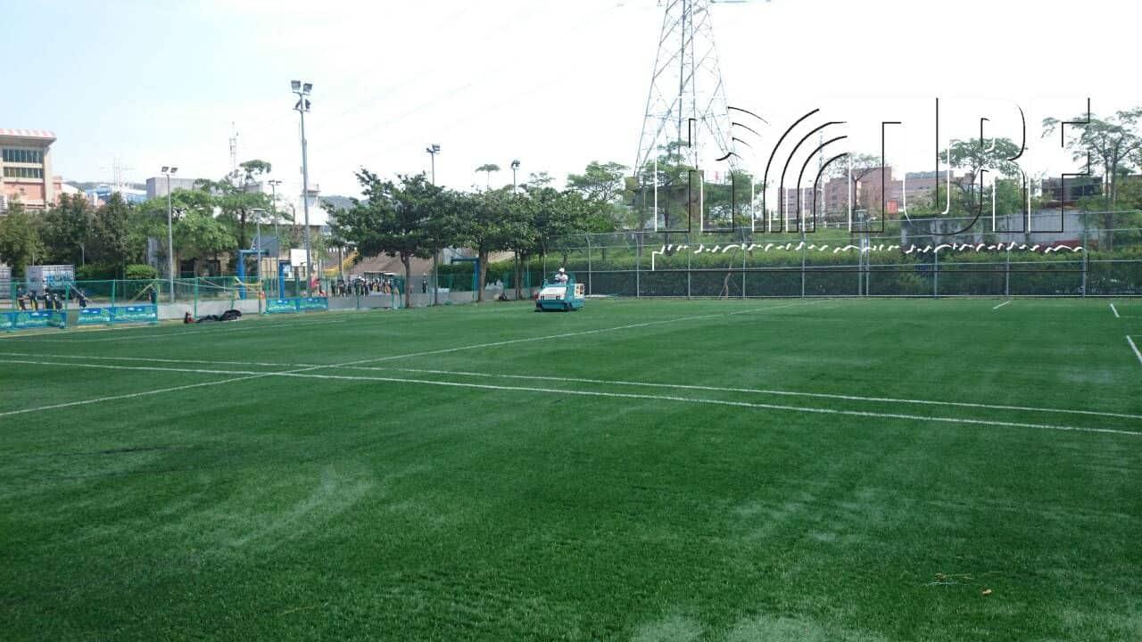 填充彈性層足球場