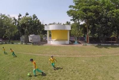 地方學校興起草地操場風潮
